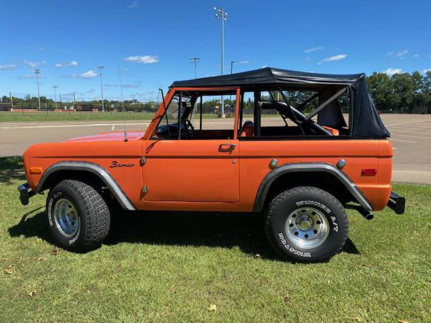8th Image of a 1974 FORD BRONCO