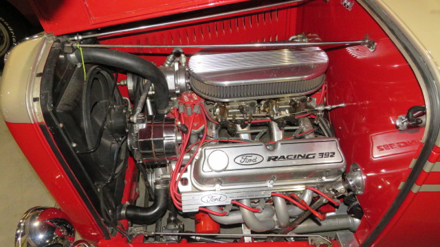 11th Image of a 1932 FORD RDS