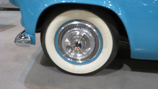11th Image of a 1956 FORD THUNDERBIRD