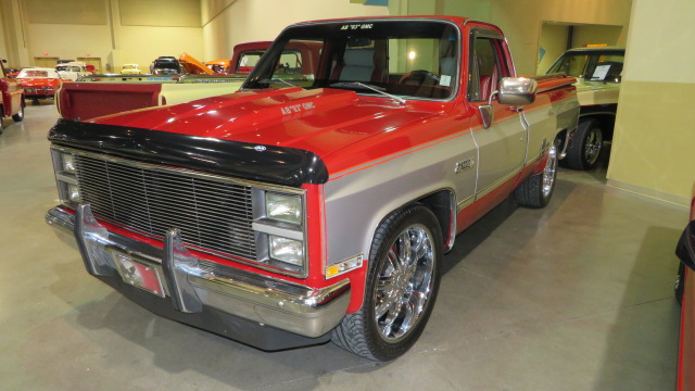 2nd Image of a 1983 GMC C1500
